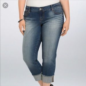 Torrid Medium Wash Frayed Hem Crop Jeans